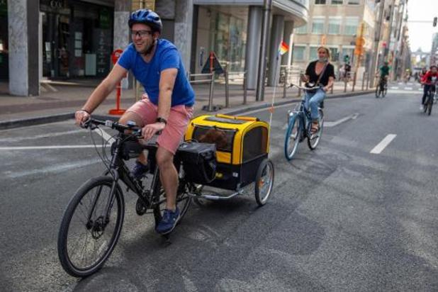 Brussel Mobiliteit moedigt fietsen aan om geluksgevoel op te krikken