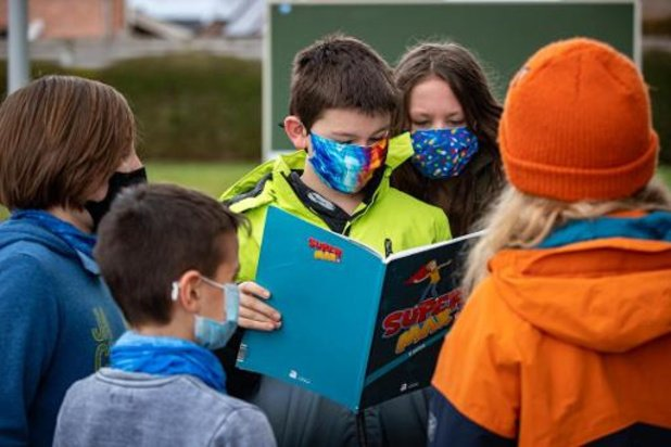 Les cas de Covid-19 à l'école en baisse après les vacances de printemps