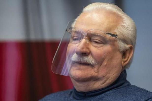 Pologne: message peu rassurant de Lech Walesa sur sa santé avant une hospitalisation
