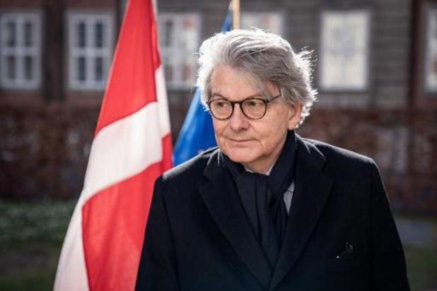 "Spoetnik V-makers woedend over ""bevooroordeelde"" EU-commissaris"