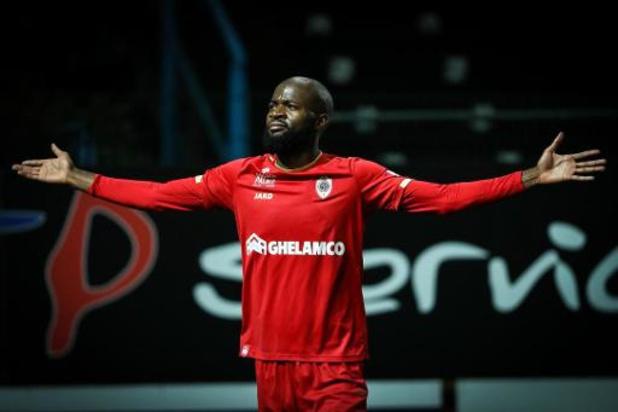 Jupiler Pro League - Antwerp rekent vlot af met Waasland-Beveren en springt naar voorlopige 2e stek