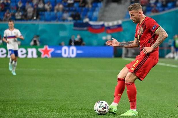"""Alderweireld voor duel met Denen: """"Match zo professioneel mogelijk aanpakken"""""""