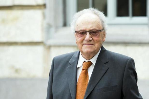 Schrijver en oud-journalist Gaston Durnez overleden (2)