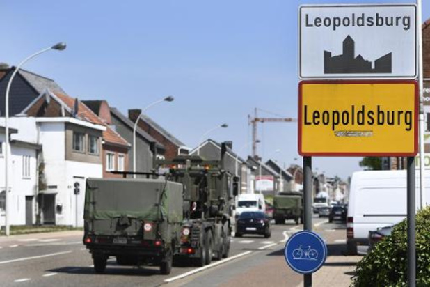 Straatnaambord Koning Leopold II-laan in Leopoldsburg beklad, volksraadpleging op komst?