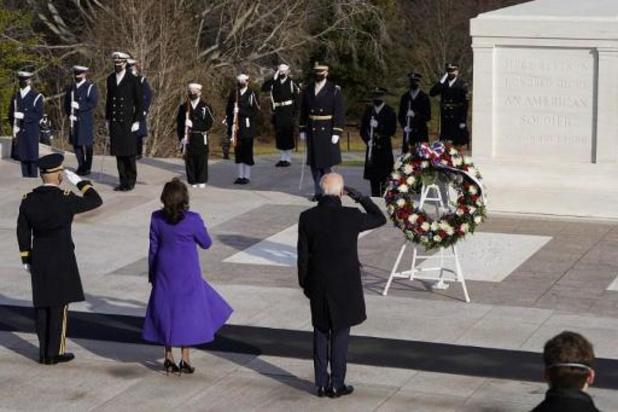Transition à la Maison Blanche - Le président Biden au cimetière militaire d'Arlington avec trois de ses prédécesseurs