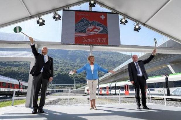 Zwitserland opent nieuwe tunnel op belangrijke Europese treinroute