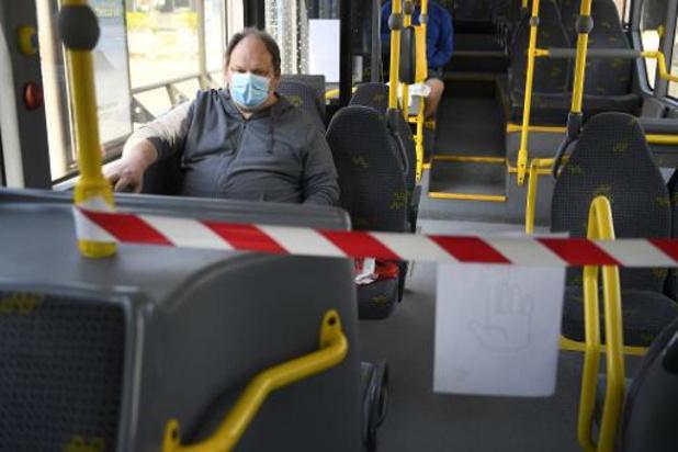 Coronavirus - Personeel De Lijn dreigt met staking als niet alle bussen uitgerust zijn met schermen