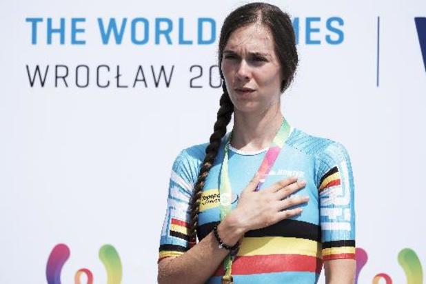 Sandrine Tas opent olympisch seizoen met nationaal schaatsrecord op 1.000 meter