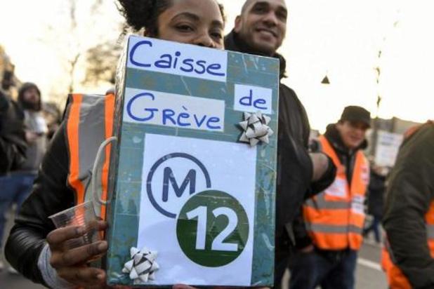 Staking Parijse metro vanaf maandag tijdlang opgeschort