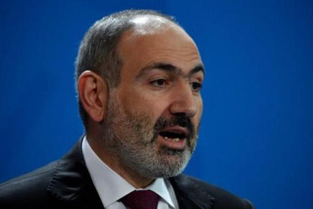 Armeense premier Nikol Pasjinjan besmet met coronavirus