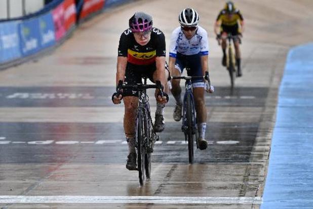 """Parijs-Roubaix - Kopecky hoopte op meer, maar genoot van 1e editie: """"Heb me wel geamuseerd"""""""
