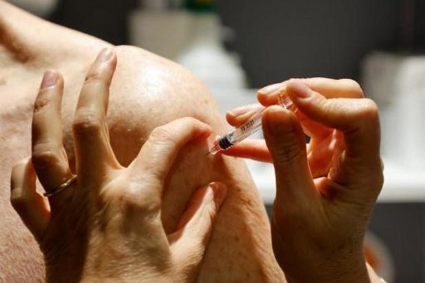 """""""L'immunité de groupe viendra avec l'aide du vaccin"""""""