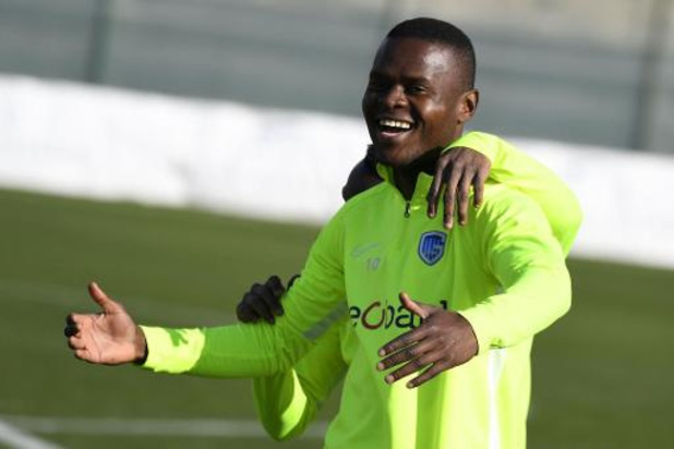 Premier League - Aston Villa plukt Mbwana Samatta weg bij KRC Genk