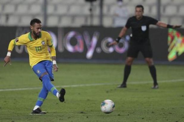 L'Argentine s'en sort en Bolivie, trois buts de Neymar pour porter le Brésil en tête