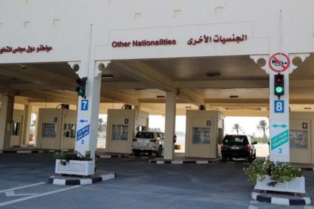 Qatari beginnen grens met Saoedi-Arabië over te steken