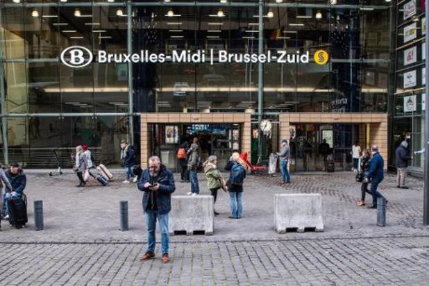 """NMBS """"ter beschikking"""" om testcapaciteit te voorzien in station Brussel-Zuid"""