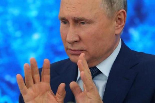 Poetin laat leeftijdsgrens voor ambtenaren afschaffen om medestanders in dienst houden