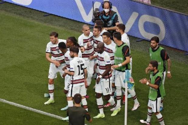 Portugal pakt late zege tegen Hongarije, Ronaldo kroont zich tot topschutter aller tijden