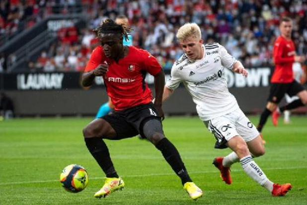 Les Belges à l'étranger - Jeremy Doku forfait pour les deux prochains matchs de Rennes et incertain pour les Diables