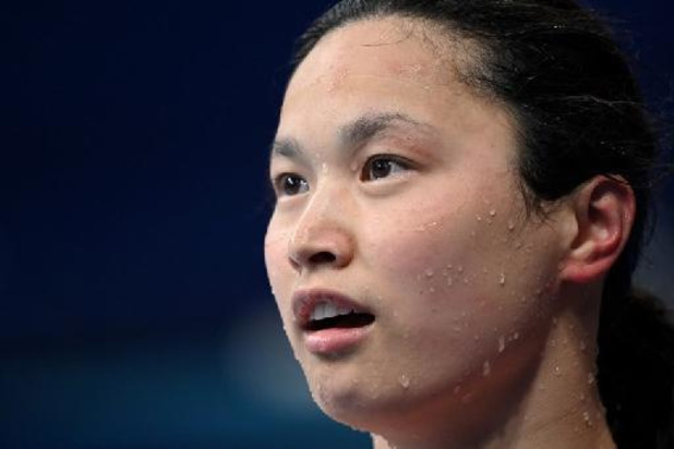 OS 2020 - Maggie MacNeil wint 100 meter vlinder, Sarah Sjöström zevende