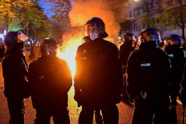 1er Mai: échauffourées à Berlin, jets de pierre et de bouteilles sur la police
