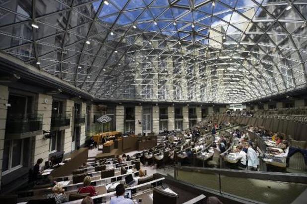 Vlaams Parlement blaast 25 kaarsjes uit