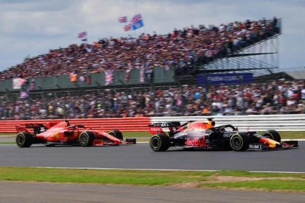 """F1 - Verstappen remporte le prix FIA de """"l'Action de l'année"""", Albon et Lauda honorés"""