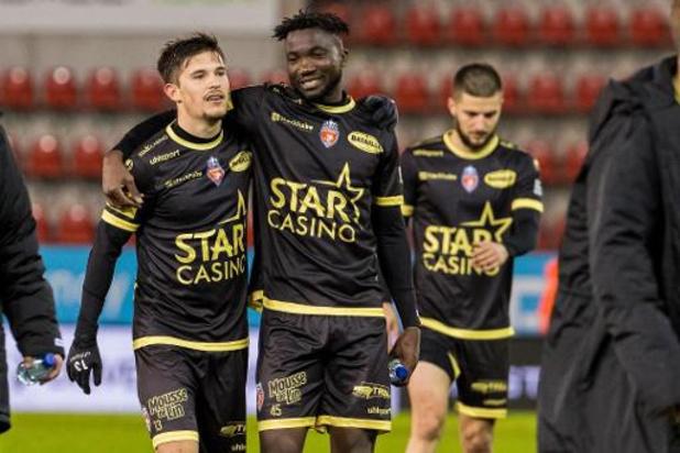 Jupiler Pro League - Zulte Waregem doet met 1-2 nederlaag tegen Moeskroen slechte zaak voor play-off I
