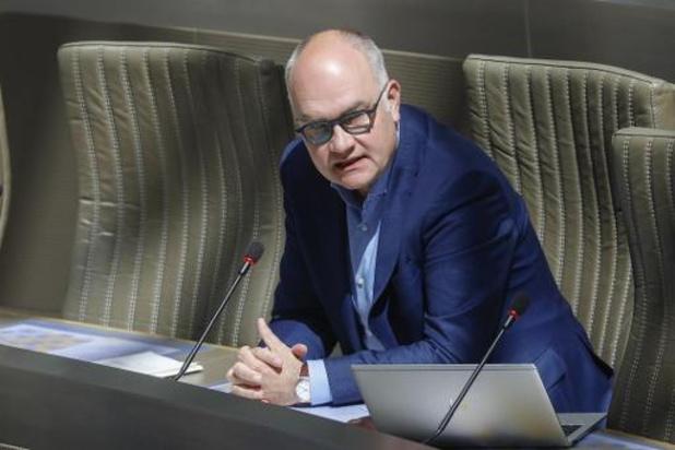 Lancement vendredi de la commission spéciale coronavirus au Parlement flamand