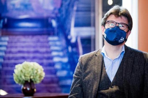 Non-profitsector kampeert 24 uur lang voor kabinet minister Gatz