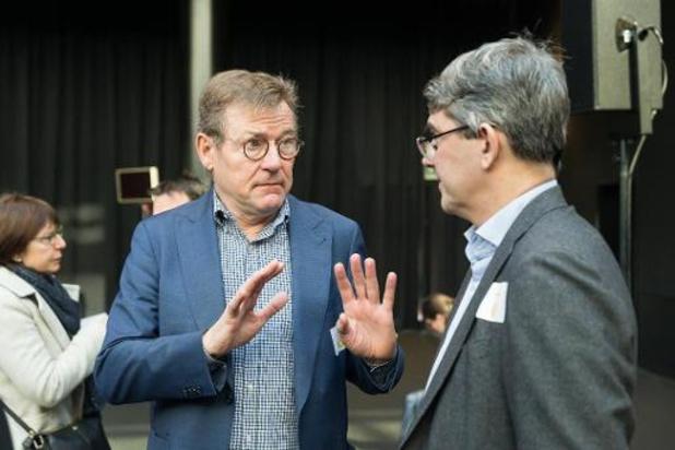 België moet zich aansluiten bij verzet tegen plannen, vindt Van Overtveldt