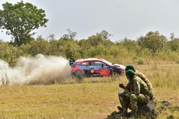 Safari Rally - Neuville botst op steen en moet opgeven, Katsuta neemt de leiding