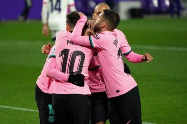 La Liga - Barcelona gaat niet in de fout bij staartploeg Valladolid, Messi snoept Pelé record af