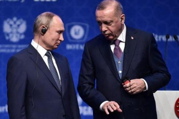 """Erdogan et Poutine appellent """"à la retenue"""""""