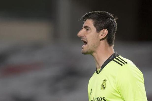 Les Belges à l'étranger - Le Real Madrid, avec Courtois et Hazard, sorti du banc, s'impose difficilement au Betis