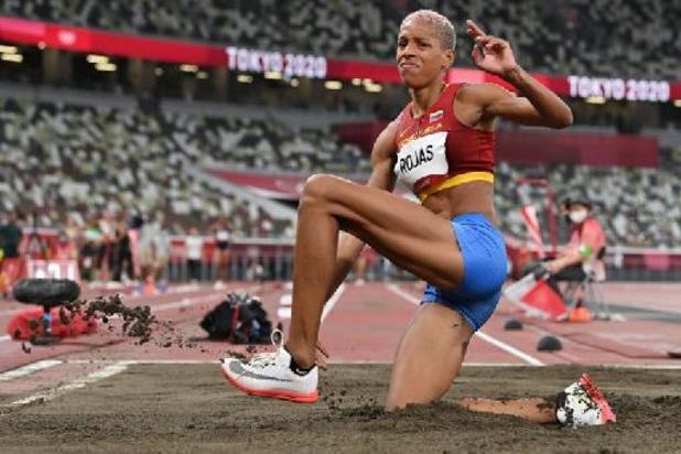 Yulimar Rojas verovert goud hink-stap-springen met wereldrecord