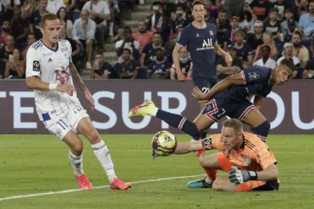 Les Belges à l'étranger - Mats Sels prend 4 buts avec Strasbourg au PSG, sans Messi ni Ramos