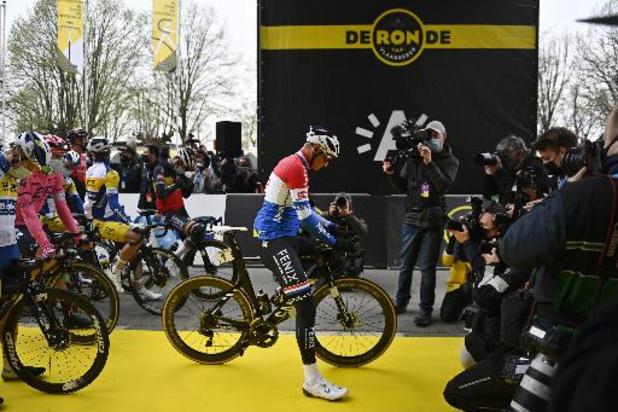 105e Ronde van Vlaanderen op gang geschoten