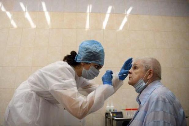 La Russie enregistre moins de 6.000 cas quotidiens, une première depuis fin avril