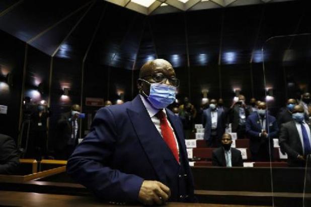 """Afrique du Sud: l'ex-président Jacob Zuma plaide """"non coupable"""" de corruption"""
