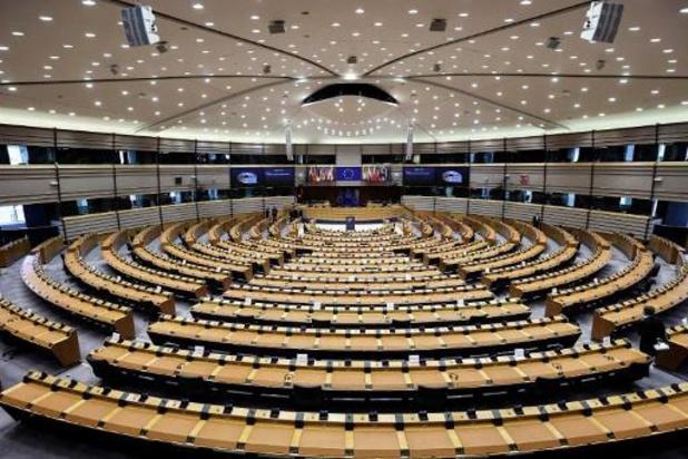 Europees Parlement pleit voor tijdelijke opheffing van patenten op coronavaccins
