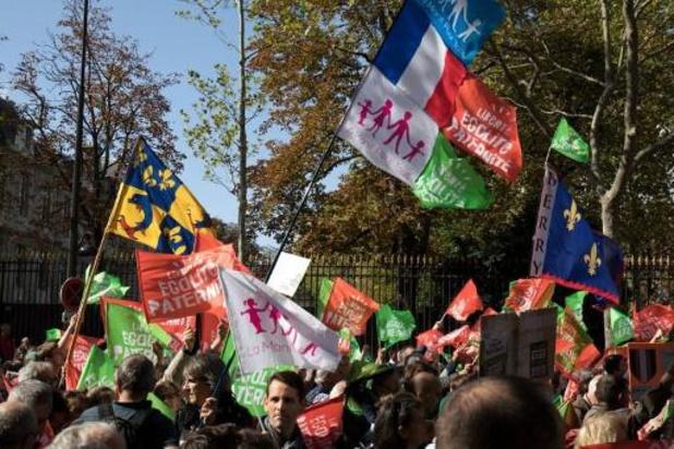 Tienduizenden Fransen betogen tegen ivf-behandeling voor lesbische vrouwen