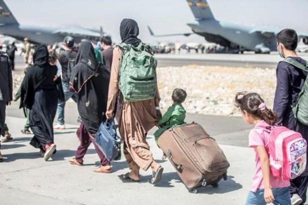 Russische vliegtuigen gaan meer dan 500 mensen evacueren uit Afghanistan
