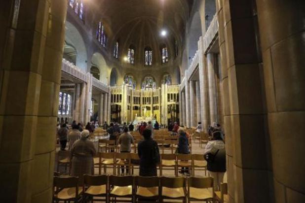 Les lieux de culte de nouveau limités à cent fidèles par service