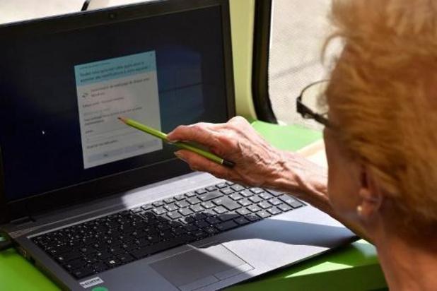 Charter moet digitale kloof verkleinen
