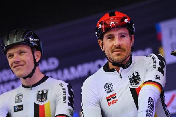 Degenkolb à l'hôpital par précaution après une chute, Pedersen abandonne
