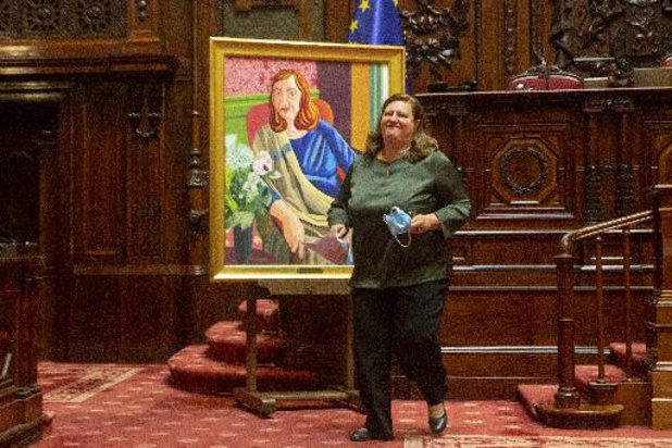 Le Sénat dévoile le portrait de son ex-présidente, Sabine de Bethune