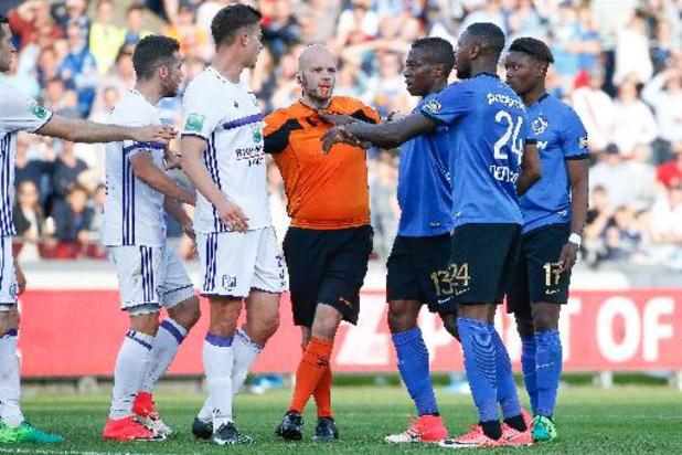 RSCA-manager Van Holsbeeck vroeg via makelaar Veljkovic hulp van scheidsrechter