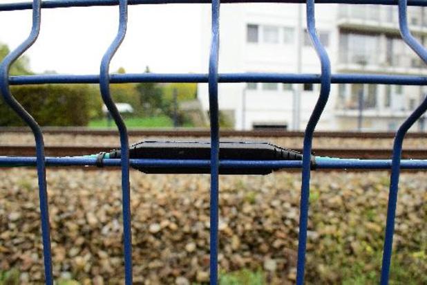 """Infrabel présente ses premières clôtures """"connectées"""" à Jambes"""