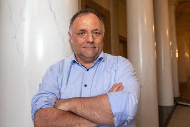 Politie stelt proces-verbaal op na bedreiging van chef-kok aan viroloog Van Ranst